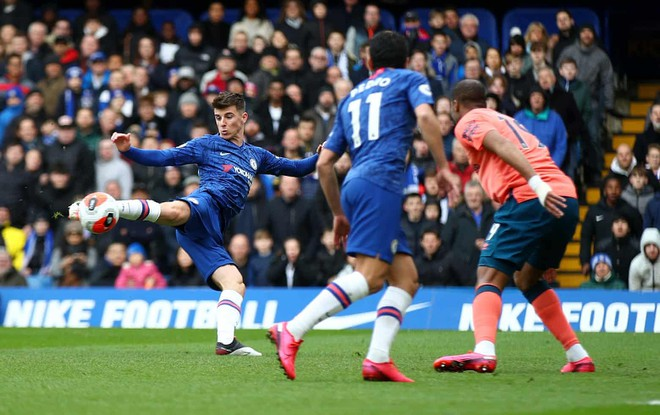 Mount mở điểm cho Chelsea