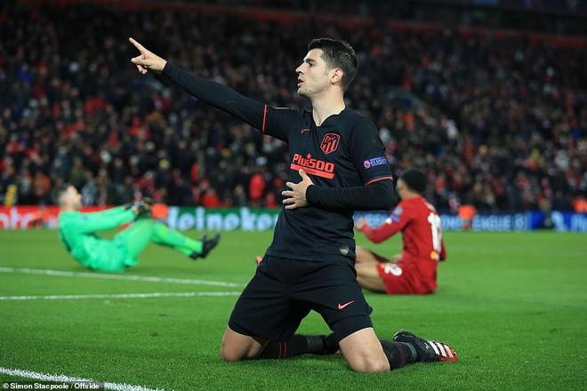 Morata và đồng đội có một trận phản công xuất sắc