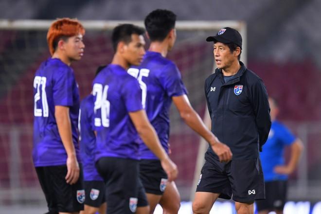 HLV Nishino muốn có thêm trợ lý người Nhật để củng cố sức mạnh từ BHL Thái Lan