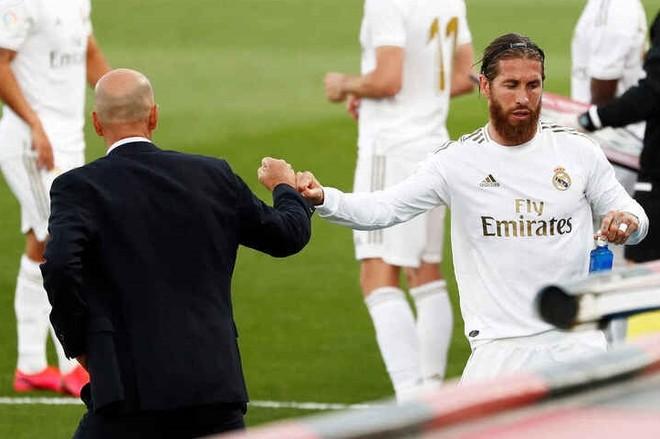 Zidane và Ramos, hai huyền thoại đương đại của Real Madrid