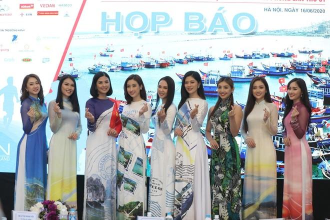 Dàn hoa hậu, người đẹp báo Tiền Phong đồng hành cùng giải