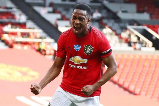 Martial là nỗi sợ hãi của hàng thủ Sheffield ở trận này