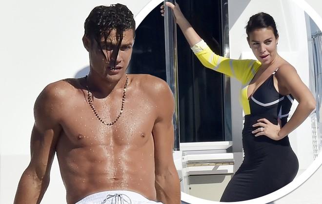 Ronaldo và hôn thê đang đi nghỉ xả hơi