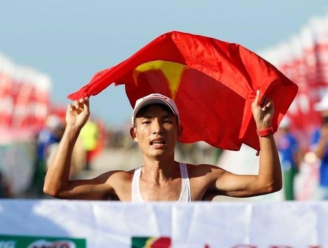 Nhà vô địch marathon Hoàng Nguyên Thanh