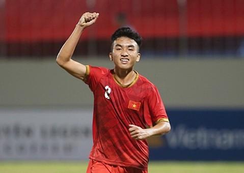 Trần Công Minh là một trong những tài năng trẻ hứa hẹn của bóng đá Việt Nam trước khi sa ngã