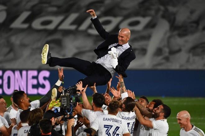 HLV Zinedine Zidane vẫn cực kỳ mát tay với đội bóng Hoàng gia