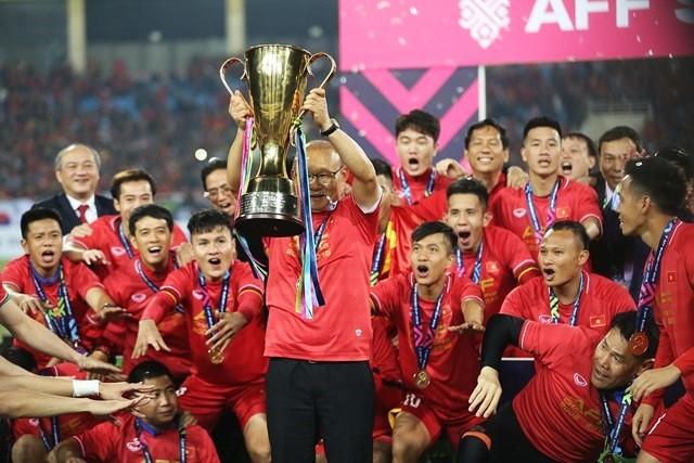ĐT Việt Nam có thể phải đợi gần 1 năm nữa để bảo vệ chức vô địch AFF Cup