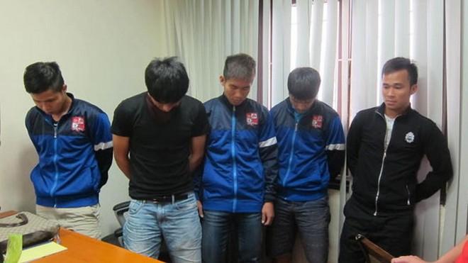 Mảng tối bóng đá Việt 2014: Từ nghi vấn đến án tù ảnh 2