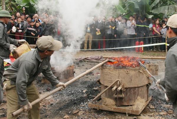 Rót đồng đúc Đại hồng chung chùa Hoa Lâm Tam Bảo ảnh 6