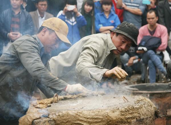 Rót đồng đúc Đại hồng chung chùa Hoa Lâm Tam Bảo ảnh 9