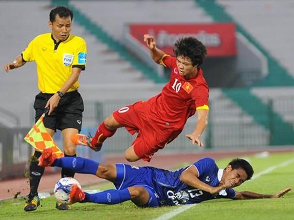 Thắng nhàn, HLV Kiatisuk an ủi U23 Việt Nam ảnh 1