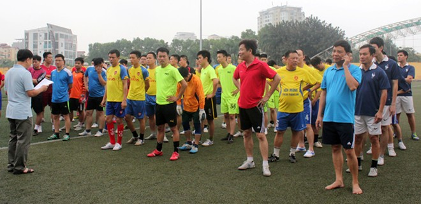 Đội bóng Báo ANTĐ xuất sắc vào bán kết Hội thao Công đoàn CATP Hà Nội ảnh 1