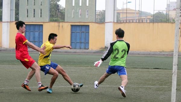 Đội bóng Báo ANTĐ xuất sắc vào bán kết Hội thao Công đoàn CATP Hà Nội ảnh 4