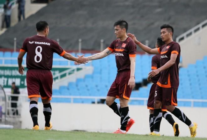 """ĐTQG 3-0 U23: Công Phượng """"im tiếng"""", Công Vinh lập cú đúp ảnh 4"""