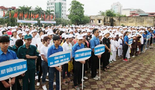 """Hà Nội: 5.000 người chạy """"Vì hòa bình"""" ảnh 2"""