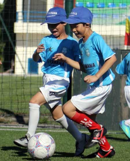 Trải nghiệm bóng đá tuyệt vời cho trẻ em Hà Nội ảnh 3