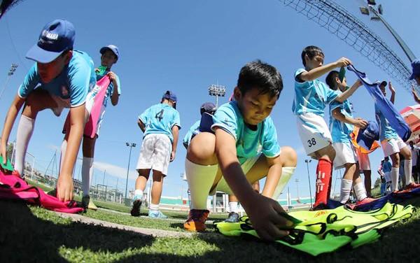 Trải nghiệm bóng đá tuyệt vời cho trẻ em Hà Nội ảnh 2