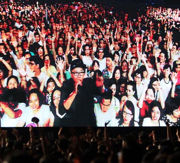 Rực rỡ, sôi động đêm khai màn Monsoon Music Festival 2015 ảnh 2