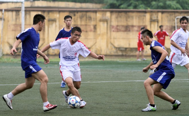 Kết quả, hình ảnh lượt trận sáng 8-11 giải bóng đá học sinh THPT Hà Nội ảnh 5