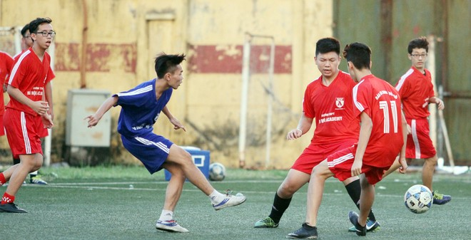Kết quả, hình ảnh thi đấu ngày 11-11 giải bóng đá học sinh THPT Hà Nội 2015 ảnh 37