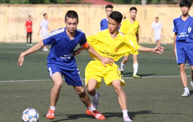 Kết quả, hình ảnh thi đấu ngày 11-11 giải bóng đá học sinh THPT Hà Nội 2015 ảnh 15
