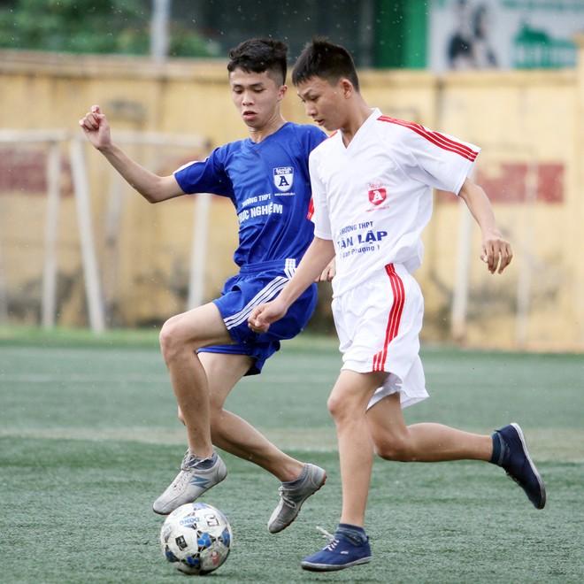 Kết quả, hình ảnh thi đấu ngày 11-11 giải bóng đá học sinh THPT Hà Nội 2015 ảnh 20