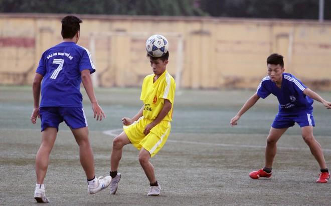 Kết quả, hình ảnh lượt trận cuối vòng bảng giải bóng đá học sinh THPT Hà Nội 2015 ảnh 23
