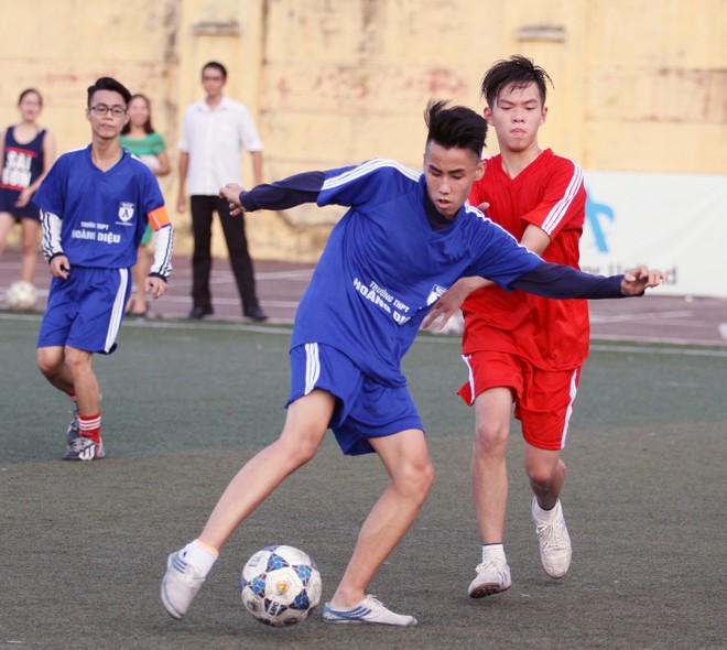 Kết quả, hình ảnh lượt trận cuối vòng bảng giải bóng đá học sinh THPT Hà Nội 2015 ảnh 17
