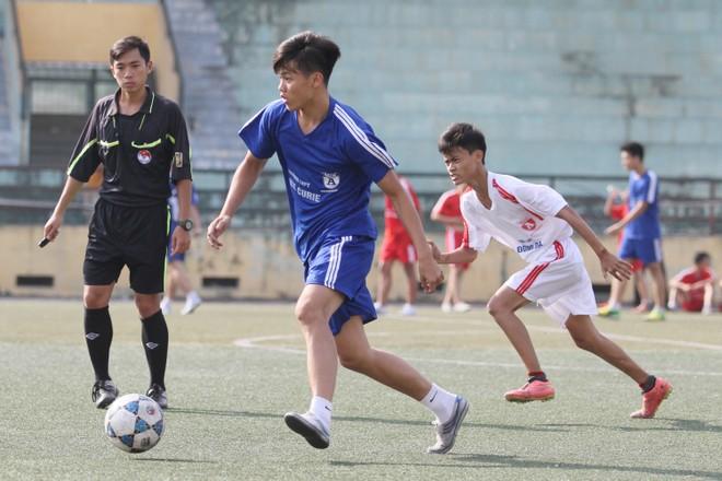 Kết quả, hình ảnh lượt trận cuối vòng bảng giải bóng đá học sinh THPT Hà Nội 2015 ảnh 4