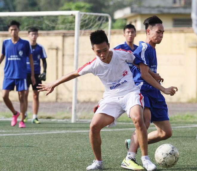 Kết quả, hình ảnh lượt trận cuối vòng bảng giải bóng đá học sinh THPT Hà Nội 2015 ảnh 3