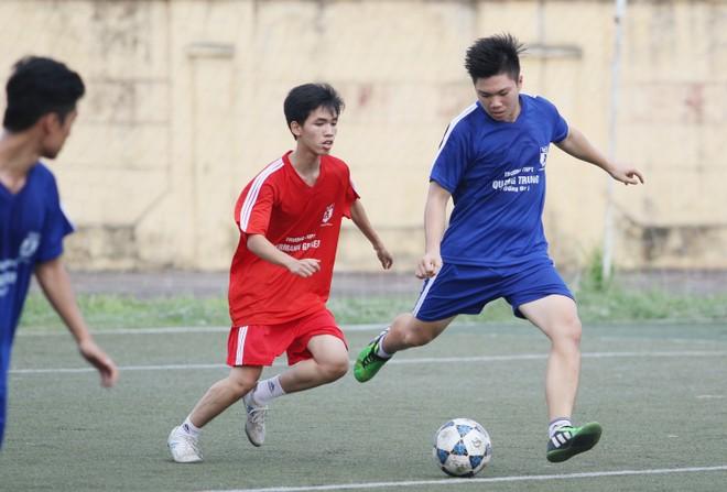 Kết quả, hình ảnh lượt trận cuối vòng bảng giải bóng đá học sinh THPT Hà Nội 2015 ảnh 2