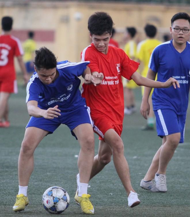 Lịch thi đấu vòng 1/16 giải bóng đá học sinh THPT Hà Nội 2015 ảnh 1