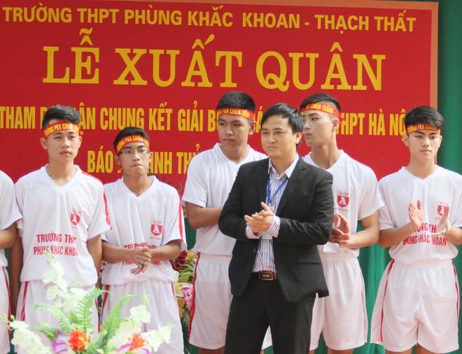 Tưng bừng xuất quân dự chung kết giải bóng đá học sinh THPT Hà Nội 2015 ảnh 11