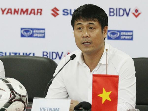 HLV Hữu Thắng khiêm tốn cho rằng cơ hội là 50-50 nhưng không giấu giếm mục tiêu đánh bại ĐT Hong Kong để giành vé vào chơi trận chung kết giải