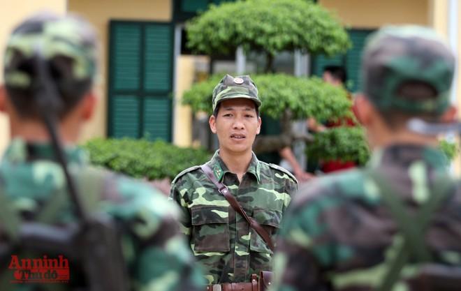Xem bộ đội biên phòng Lý Vạn rèn quân, tăng gia sản xuất ảnh 4