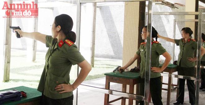 Nữ VĐV cận thị đạt 96/100 điểm tại giải bắn súng quân dụng ảnh 7