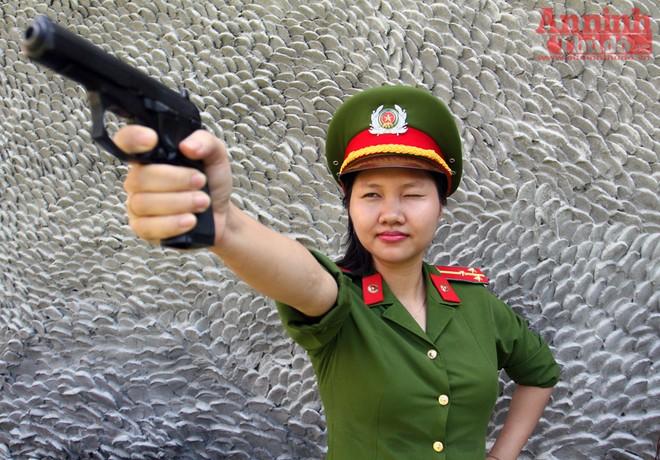 Nữ VĐV cận thị đạt 96/100 điểm tại giải bắn súng quân dụng ảnh 10