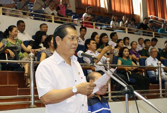 Chủ tịch Hội Nhà báo thành phố Hà Nội Tô Quang Phán đọc diễn văn khai mạc