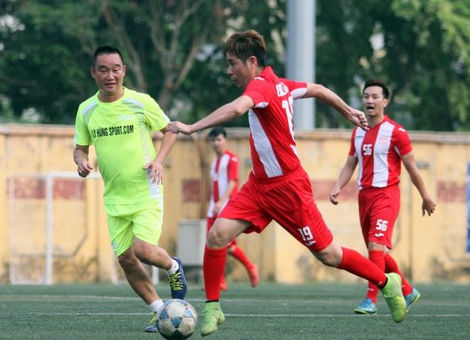 """Bằng Kiều """"đối đầu"""" Hồng Sơn trong trận đấu bóng đá từ thiện đầy ý nghĩa ảnh 11"""