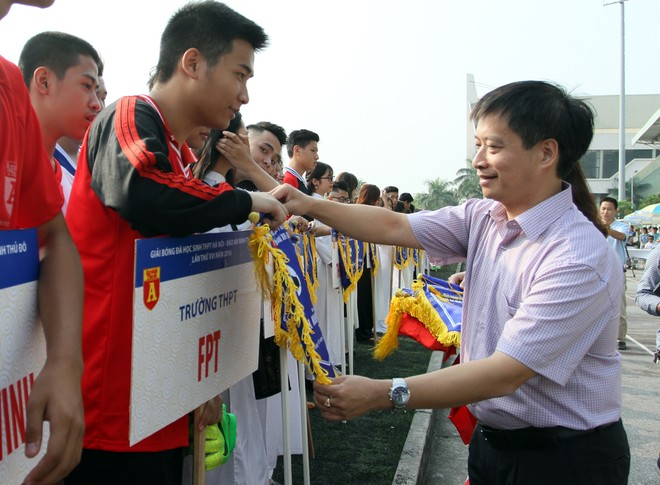 Tưng bừng khai mạc giải bóng đá học sinh THPT Hà Nội - Báo ANTĐ 2016 ảnh 5