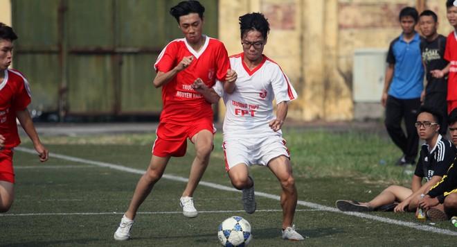 Tưng bừng khai mạc giải bóng đá học sinh THPT Hà Nội - Báo ANTĐ 2016 ảnh 8