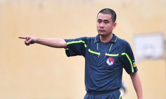 Việc VFF giữ nguyên danh sách phân công trọng tài Nguyễn Trọng Thư ở 2 vòng đấu tới bị BTC giải và một số lãnh đội phản ứng