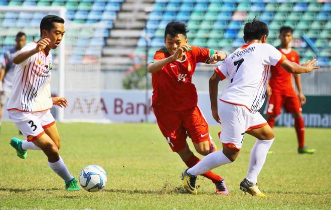 U18 Indonesia lách qua khe cửa hẹp thành công đẩy U18 Việt Nam và U18 Myanmar vào thế phải quyết đấu để loại nhau