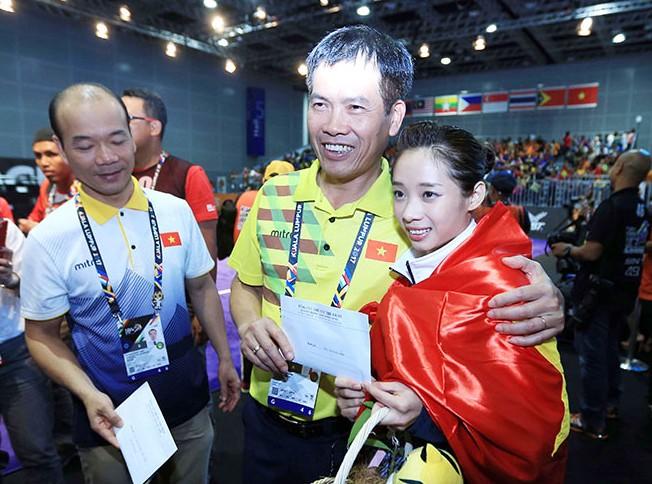 Các VĐV đoạt huy chương nhận thưởng nóng ngay tại Malaysia và hiện đã nhận được tiền thưởng huy chương theo quy định Nhà nước