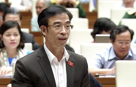 ĐB Nguyễn Quang Tuấn tham gia tranh luận