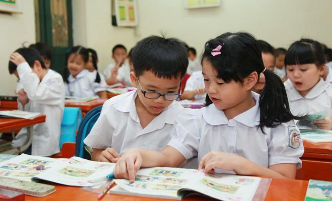 Thời hạn áp dụng chương trình, sách giáo khoa giáo dục phổ thông mới theo hình thức cuốn chiếu chậm nhất từ năm học 2020-2021
