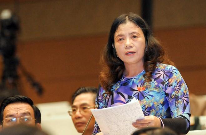Đại biểu Lê Minh Nguyệt cho rằng địa bàn Quân đội làm kinh tế phải đảm bảo ổn định an ninh, an toàn và giúp dân phát triển kinh tế