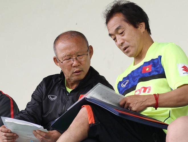 HLV Park đã rất tinh tường khi chỉ ra điểm yếu của cầu thủ Việt Nam và cách khắc phục