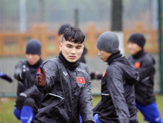 U23 Việt Nam gặp bất lợi thời tiết và sân đấu tại Trung Quốc