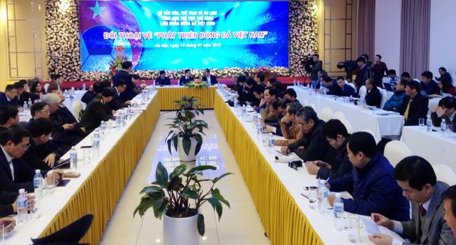 """Quang cảnh cuộc đối thoại về """"Phát triển bóng đá Việt Nam"""""""